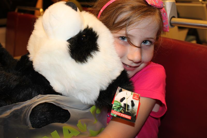 249 - Lia and her giant panda - 31AUG13